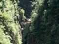 Fime nel fondovalle oltre la diga in Val Verzasca