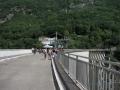 Strada sulla diga della Val Verzasca
