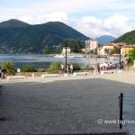 Piazza della passeggiata del lungolago di Porto Ceresio