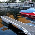 Riflessi del molo nel porto di Maroggia