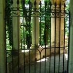 Retro di una cappella lungo la Via Crucis del Sacro Monte di Varese