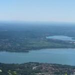 Panoramica del lago di Varese dal piazzale dell'osservatorio del Campo Dei Fiori